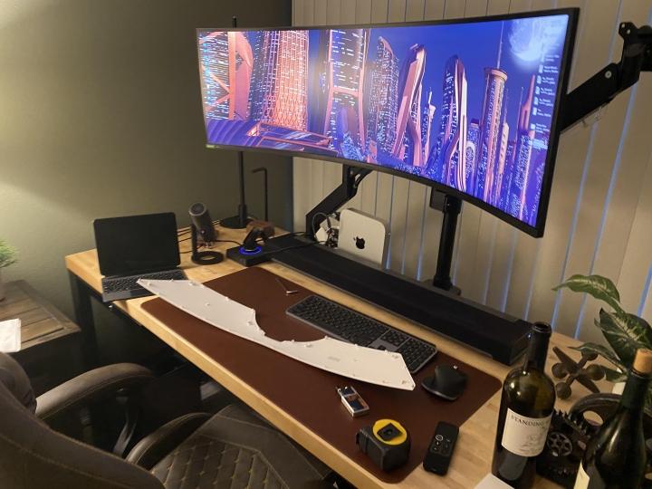 Show_Your_PC_Desk_UltlaWideMonitor_Part82_49.jpg