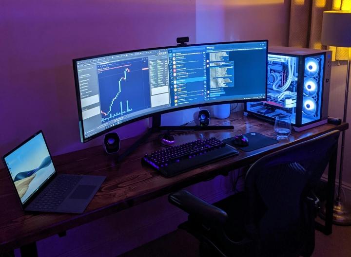 Show_Your_PC_Desk_UltlaWideMonitor_Part82_54.jpg