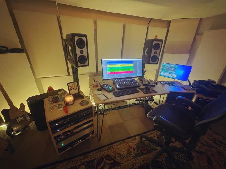 Show_Your_PC_Desk_UltlaWideMonitor_Part82_60.jpg