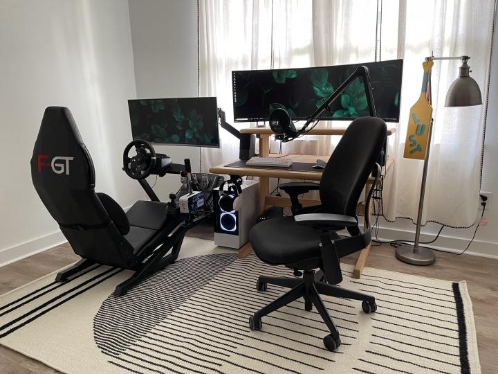 Show_Your_PC_Desk_UltlaWideMonitor_Part82_61.jpg