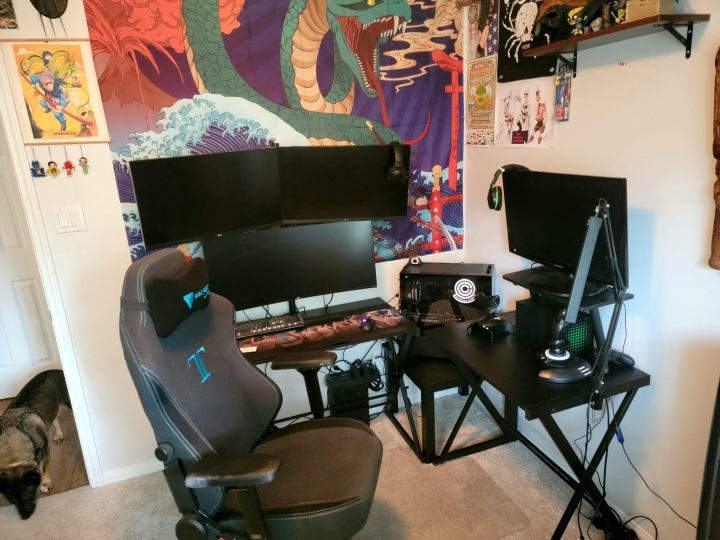 Show_Your_PC_Desk_UltlaWideMonitor_Part82_75.jpg