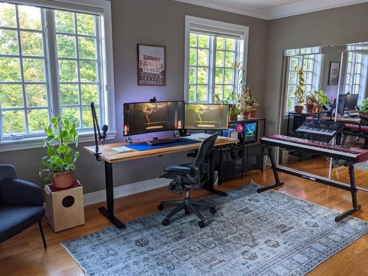 Show_Your_PC_Desk_UltlaWideMonitor_Part83_100.jpg