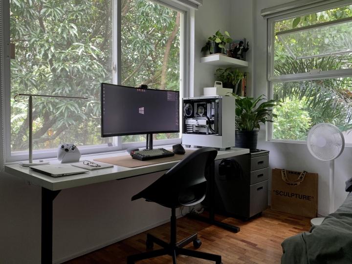 Show_Your_PC_Desk_UltlaWideMonitor_Part83_19.jpg