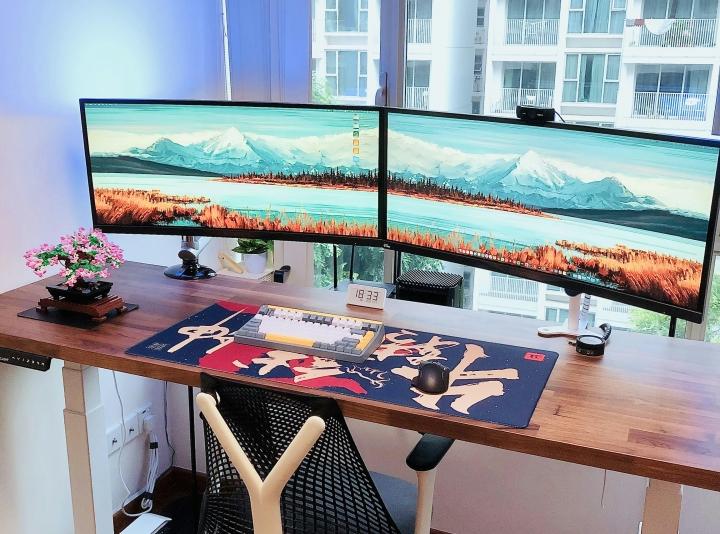 Show_Your_PC_Desk_UltlaWideMonitor_Part83_30.jpg