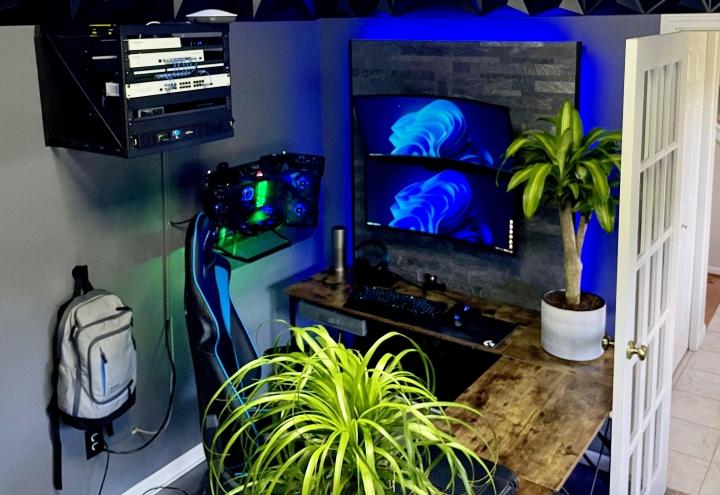 Show_Your_PC_Desk_UltlaWideMonitor_Part83_34.jpg
