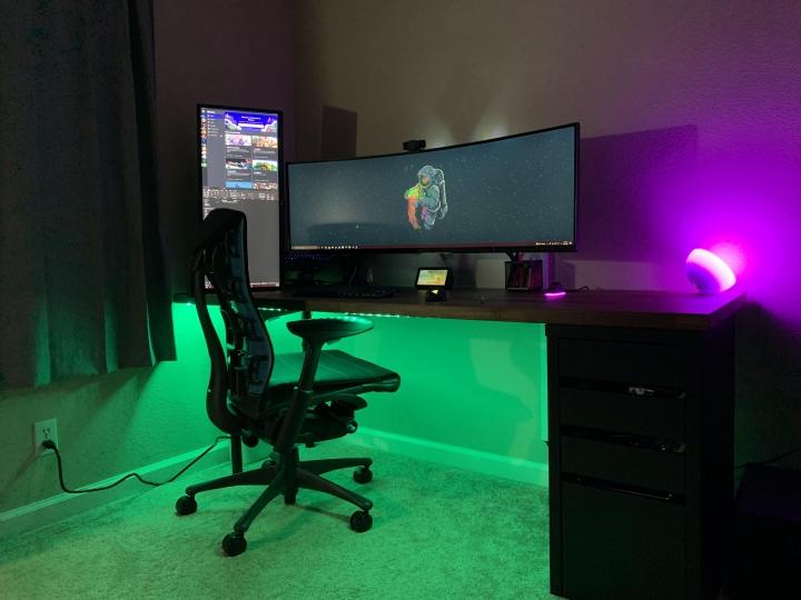 Show_Your_PC_Desk_UltlaWideMonitor_Part83_35.jpg