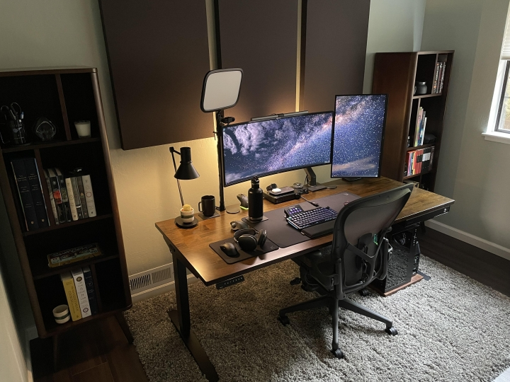 Show_Your_PC_Desk_UltlaWideMonitor_Part83_50.jpg
