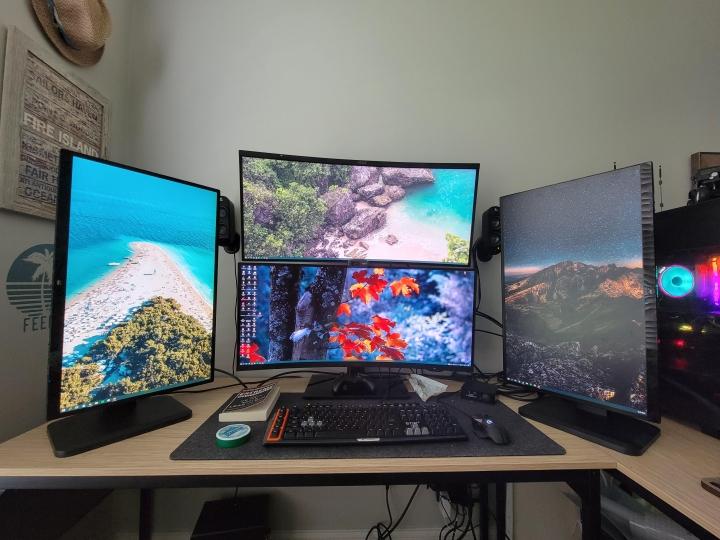 Show_Your_PC_Desk_UltlaWideMonitor_Part83_52.jpg