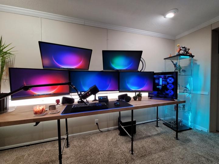 Show_Your_PC_Desk_UltlaWideMonitor_Part83_62.jpg