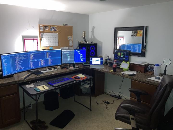Show_Your_PC_Desk_UltlaWideMonitor_Part83_78.jpg