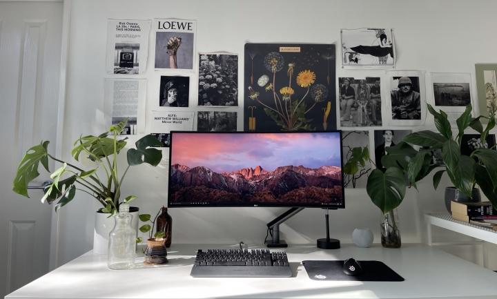 Show_Your_PC_Desk_UltlaWideMonitor_Part84_02.jpg