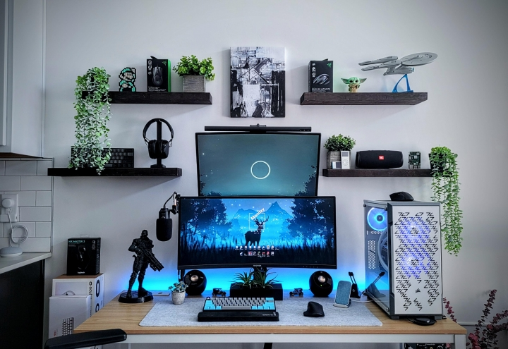 Show_Your_PC_Desk_UltlaWideMonitor_Part84_07.jpg
