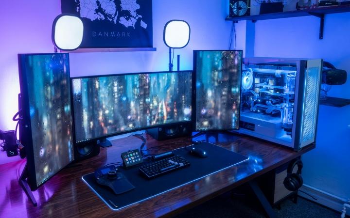 Show_Your_PC_Desk_UltlaWideMonitor_Part84_20.jpg