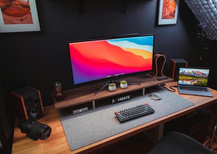 Show_Your_PC_Desk_UltlaWideMonitor_Part84_27.jpg