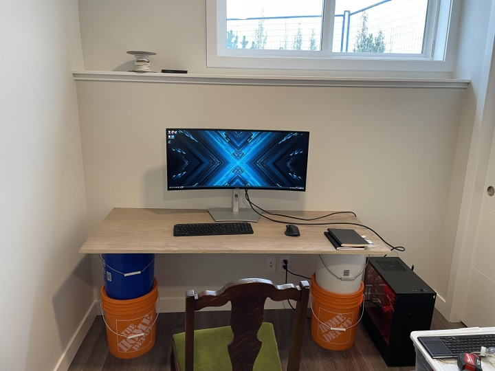 Show_Your_PC_Desk_UltlaWideMonitor_Part84_67.jpg