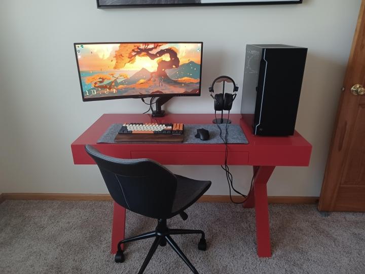 Show_Your_PC_Desk_UltlaWideMonitor_Part84_80.jpg