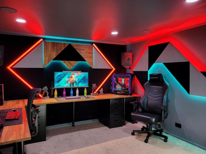 Show_Your_PC_Desk_UltlaWideMonitor_Part84_82.jpg