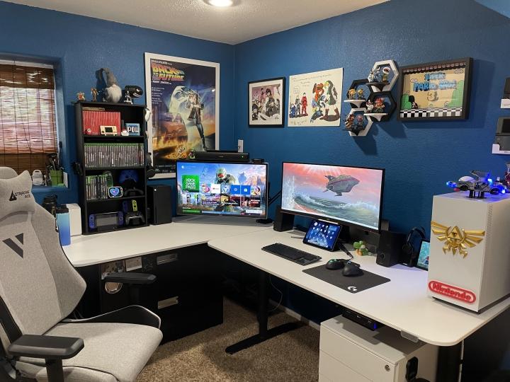 Show_Your_PC_Desk_UltlaWideMonitor_Part84_83.jpg