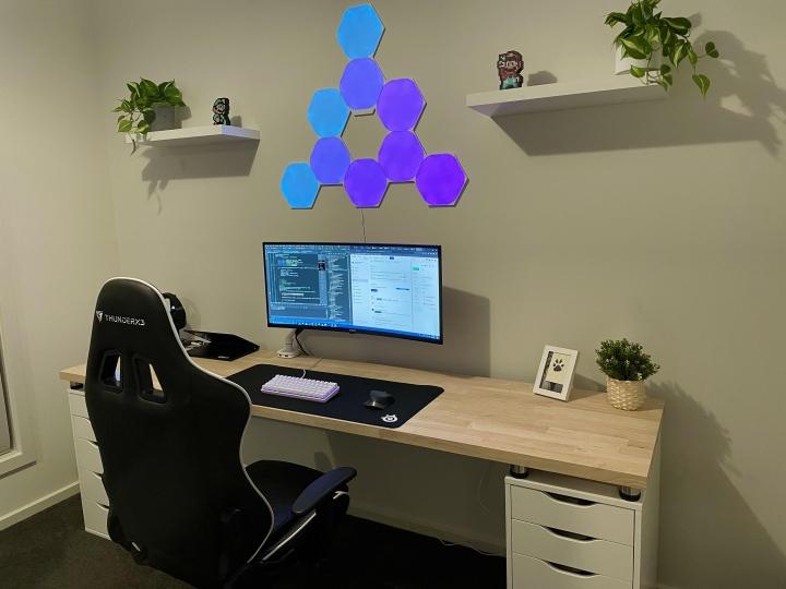 Show_Your_PC_Desk_UltlaWideMonitor_Part84_97.jpg