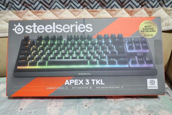 SteelSeries_Apex_3_TKL_01.jpg