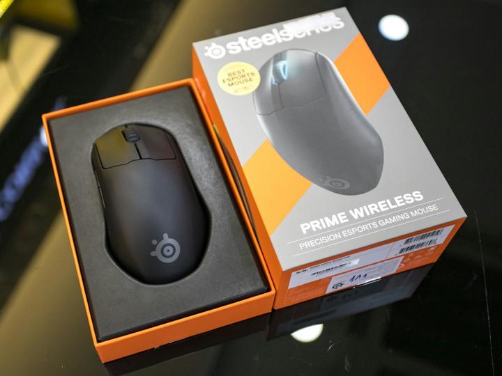 SteelSeries_Prime_Wireless_09.jpg